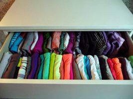 Aprenda a organizar guarda roupa Armazenamento e Prateleiras Casa e Jardim  organize